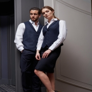 🇫🇷 Du costume aux bretelles en passant par les robes, vestes et gilets : retrouvez notre gamme de tenues dédiées aux métiers de l'hôtellerie directement sur notre site internet ⬇  lien dans la bio @beautystreetparis - 🇬🇧 From suits to suspenders, including dresses, jackets and vests: find our range of outfits dedicated to hospitality professions directly on our website ⬇  link in bio @beautystreetparis  #hotellerie #vetementsprofessionnels #hoteluniform #hotelindustry #modehomme #workwear #workwearstyle #workwearfashion